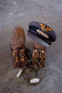magnetiniai-batai-chaussures-magnetiques-panamarenko