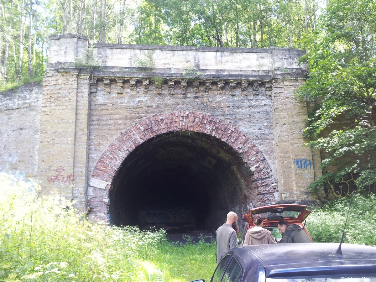 2-julius-von-bismarck-visits-the-tunnel-in-Paneriai-on-the-19th-of-July,-2016