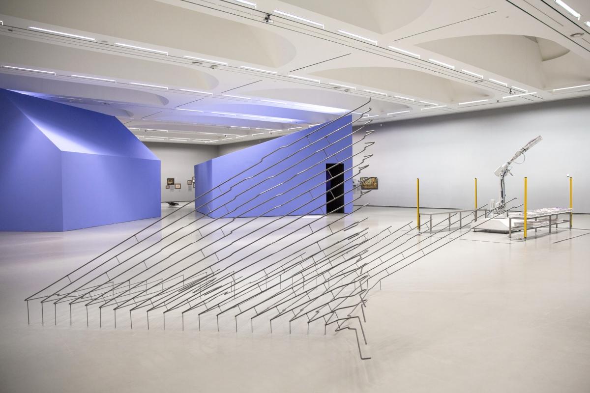 05-Miesto-gamta-Nacionaline-dailes galerija-2017-Julius-von-Bismarck-Pakui-Hardware-Gelguda-Cerniauskaite